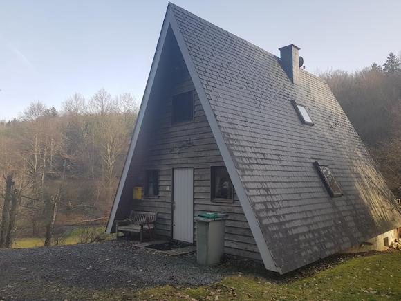 Afbeelding zijaanzicht van het vakantiehuis in de Ardennen
